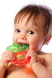 Ways of Keeping Baby's Gums Clean Before Teeth Start to Come In